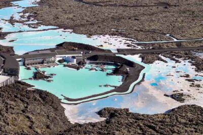 Helicopter tour to the Blue Lagoon in Iceland