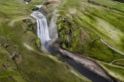 Helicopter tour to Skógafoss waterfall in Iceland