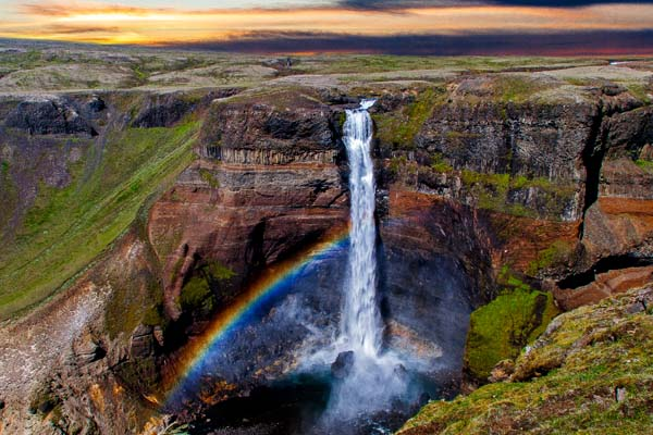 Helicopter tour to Háifoss waterfall in Iceland